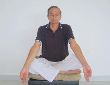 Yogateacher Arvind Shikarkhane